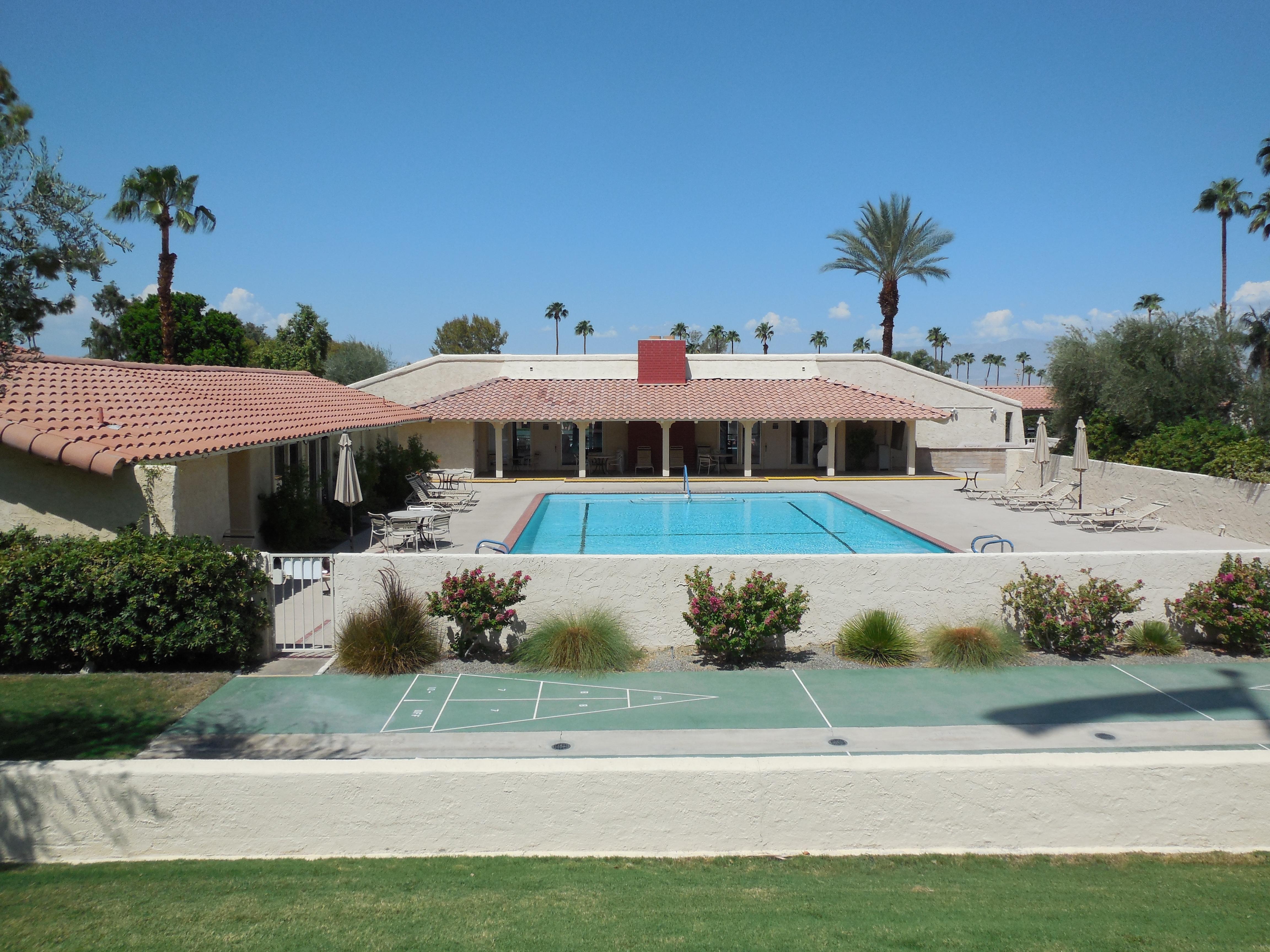Desert Living | Wendy\'s Desert Living & Beyond